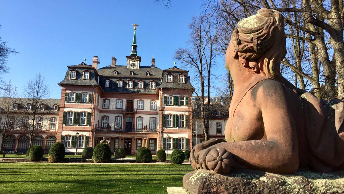 Von Dünen, Fachwerk und Palästen – so schön ist's in Frankfurts Westen!