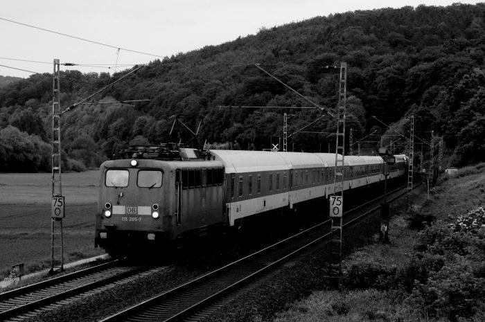 Als Autos noch Huckepack auf Zügen fuhren: Es war einmal in Neu-Isenburg…