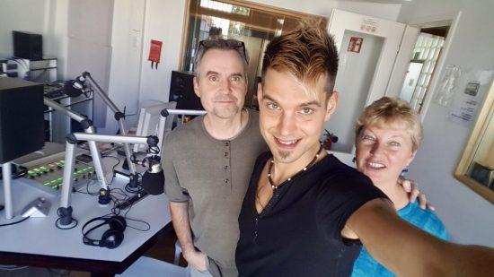 """On Air bei Radio X: """"Und da sprech' ich jetzt rein?"""" – meine Premiere am Mikrofon"""