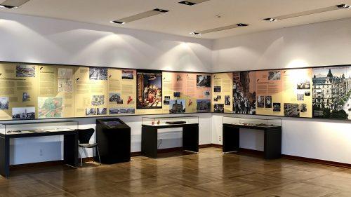 Neue Ausstellung: Ein wohltuend nüchterner Blick auf das Auf und Ab des Bahnhofsviertels